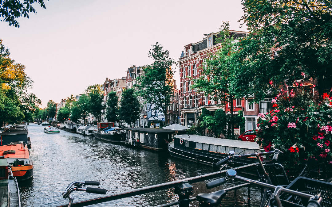 Amsterdam, 5 dana zrakoplovom