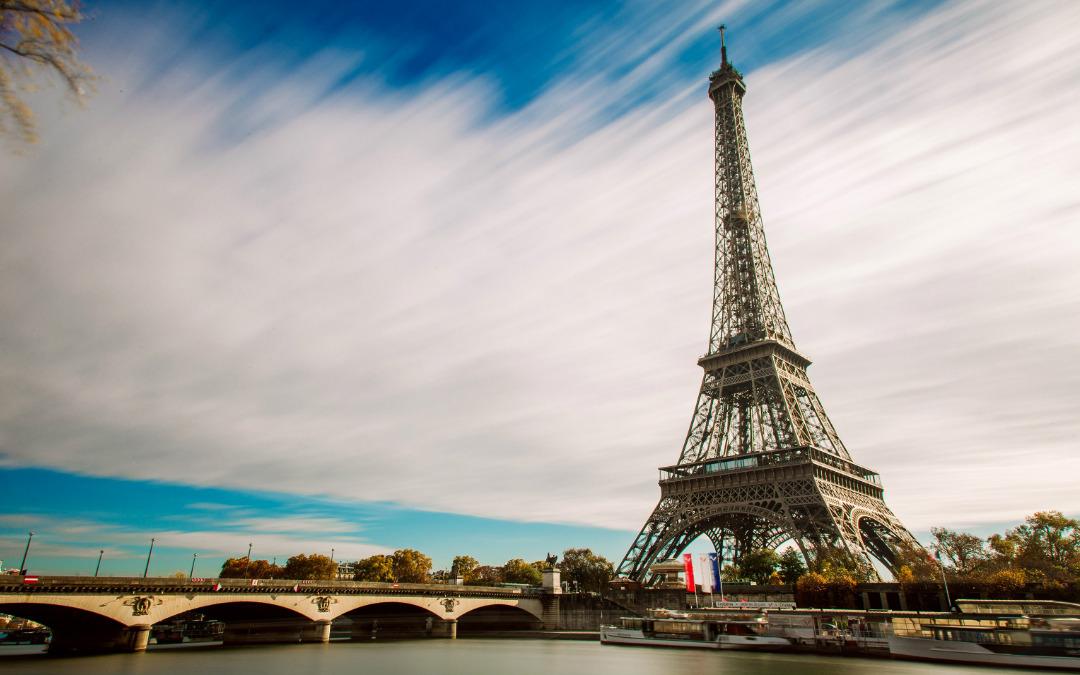Pariz, romantični grad, 4 dana zrakoplovom