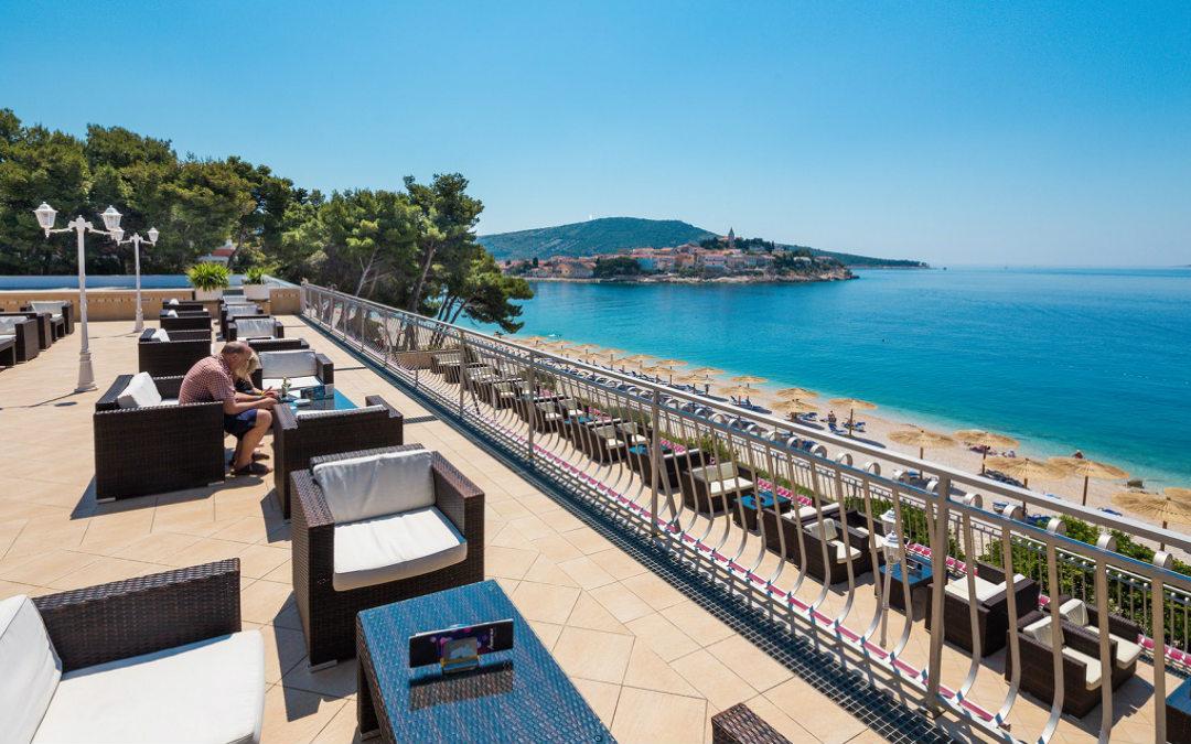 Ljeto u Hrvatskoj: Primošten – Adriatiq hotel Zora 3*