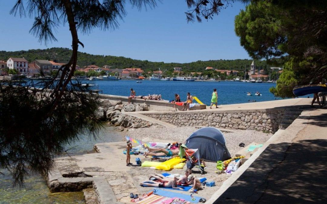 Posebna ponuda: Otok Ugljan, Kukljica – Holiday Park Apartmani Zelena Punta 3*