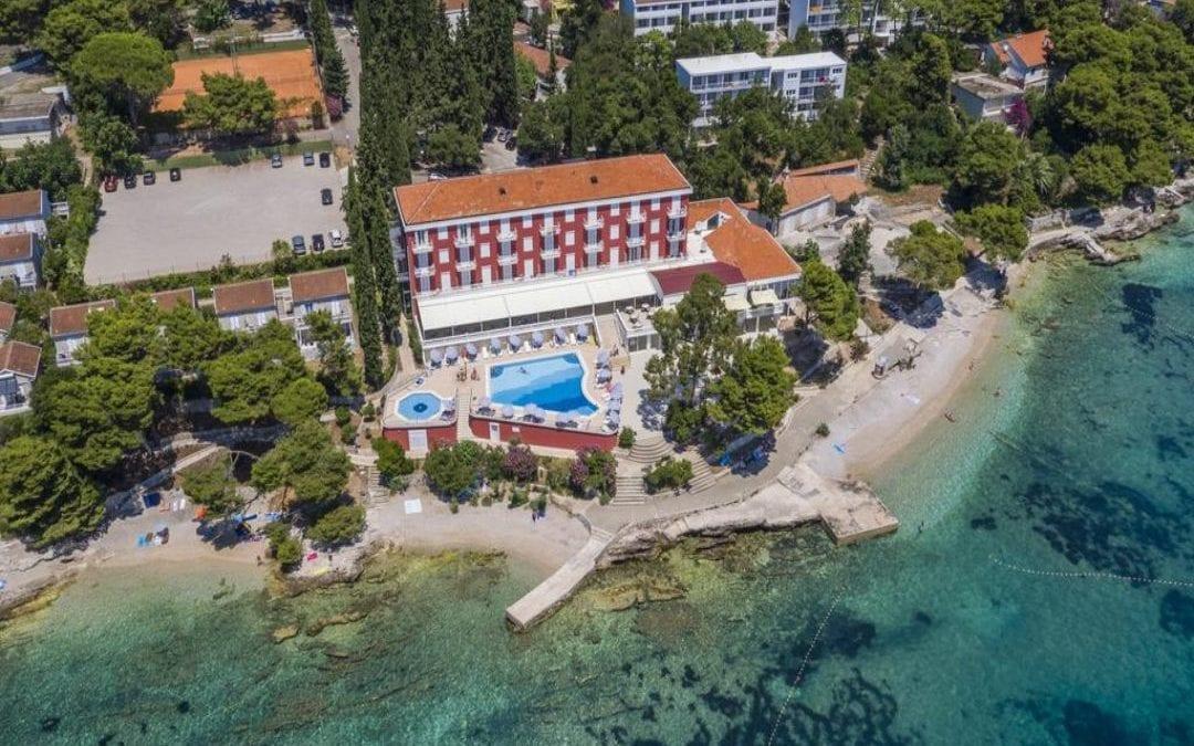 Ljeto u Hrvatskoj: Orebić – hotel, ville i depandanse Bellevue 4*