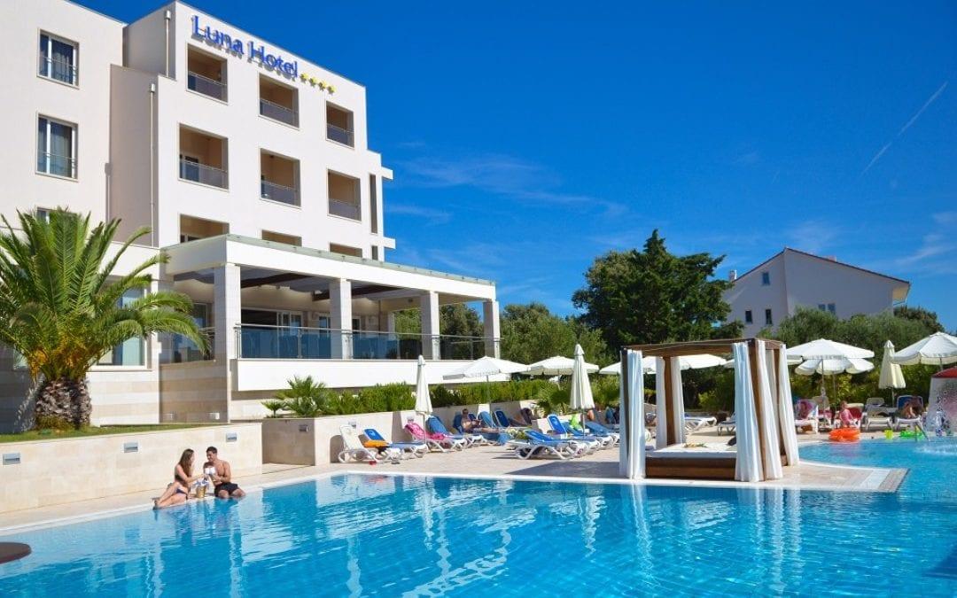Ljeto u Hrvatskoj: otok Pag, Jakišnica – hotel La Luna 4*
