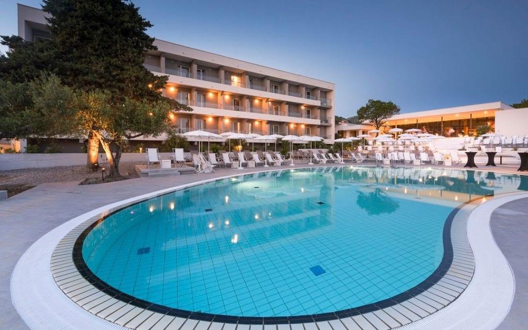 Ljeto u Hrvatskoj: Hvar – Pharos Hvar Bayhill Hotel
