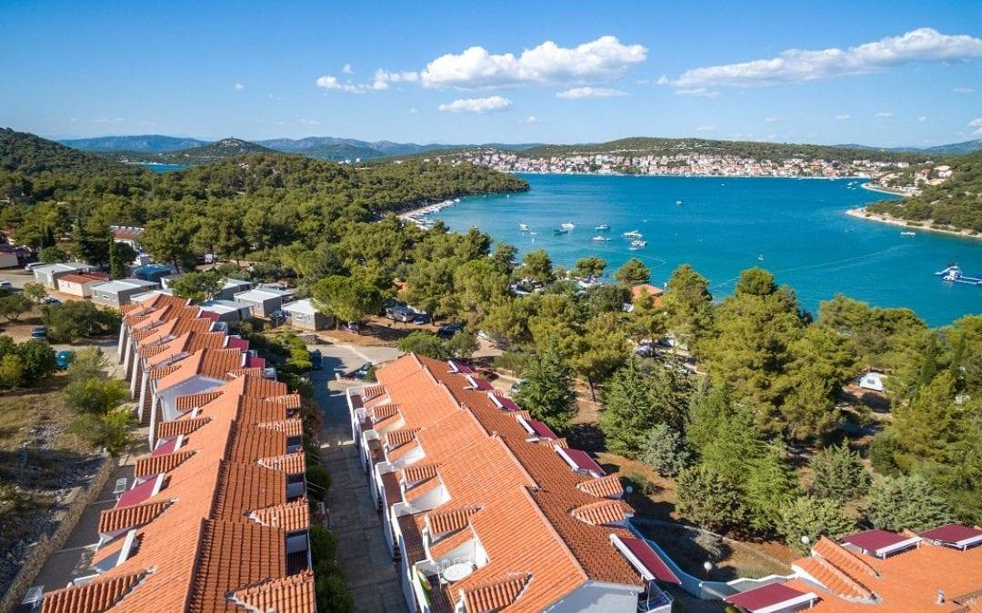 Ljeto u Hrvatskoj: Murter – Turističko naselje Jezera Village