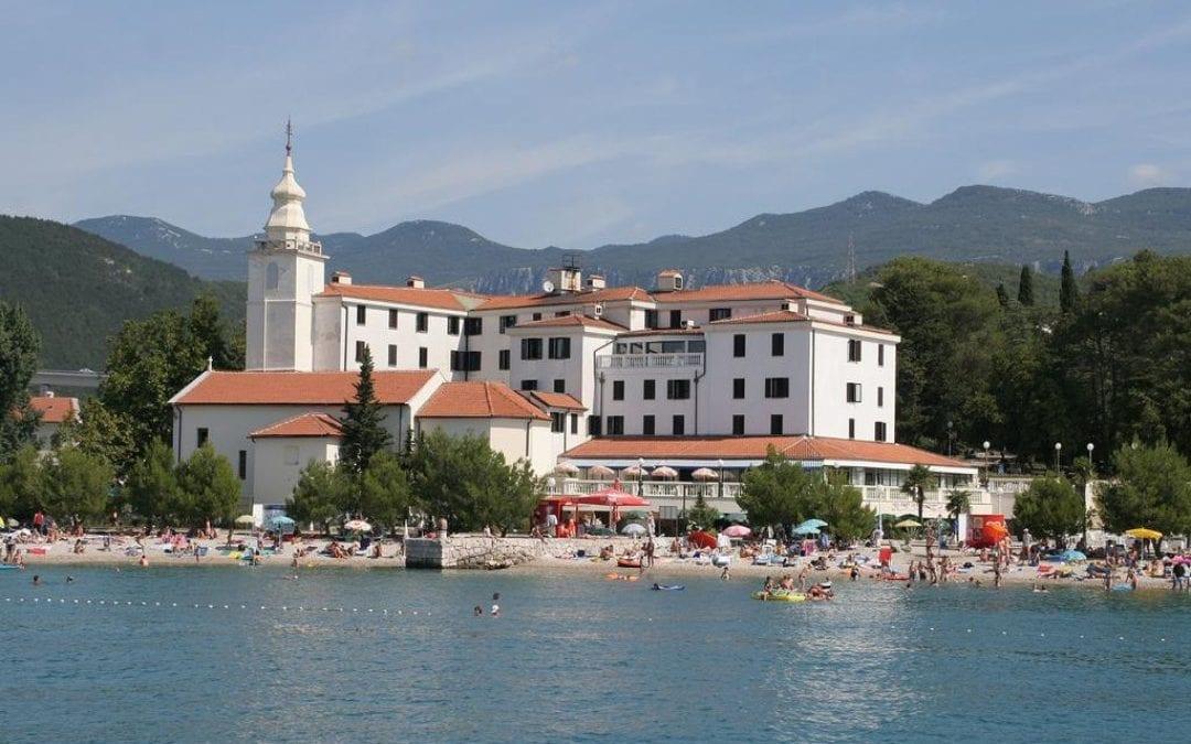 Ljeto u Hrvatskoj: Crikvenica – hotel Kaštel 3*
