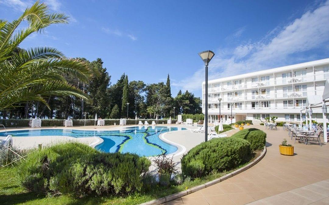 Ljeto u Hrvatskoj: Novigrad – Aminess Laguna hotel 3*