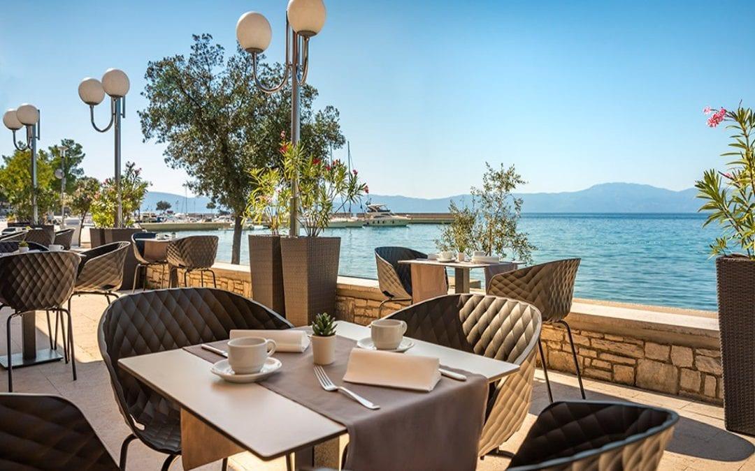 Ljeto u Hrvatskoj: otok Krk, Njivice – Aminess Veya Hotel (ex Jadran)