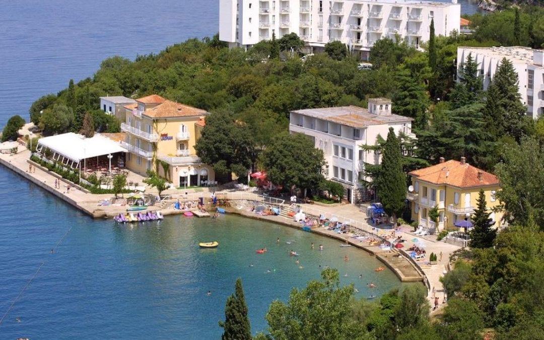 Ljeto u Hrvatskoj: otok Krk, Omišalj – hotel Adriatic i depandanse Marina i Primorka 2*