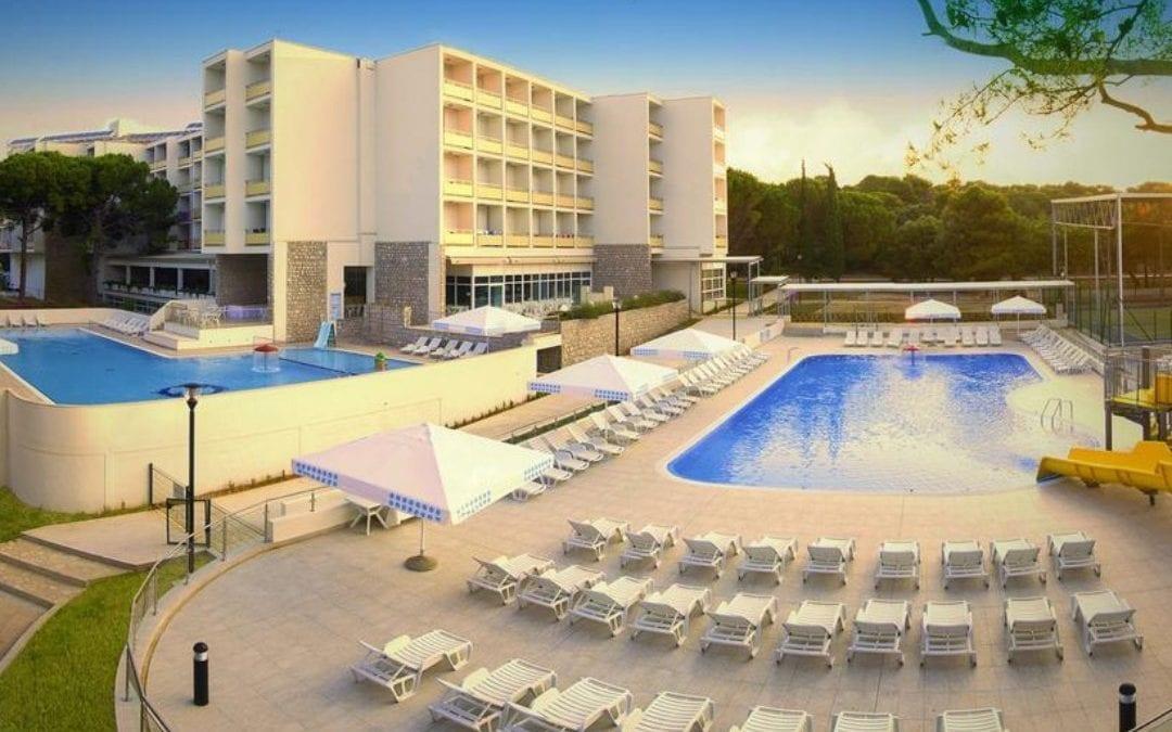 Proljeće u Dalmaciji: Biograd na Moru – hotel Adria 3*