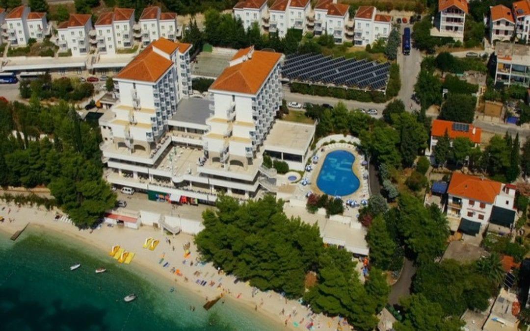 Ljeto u Hrvatskoj: Makarska rivijera, Gradac: hotel Labineca 3*