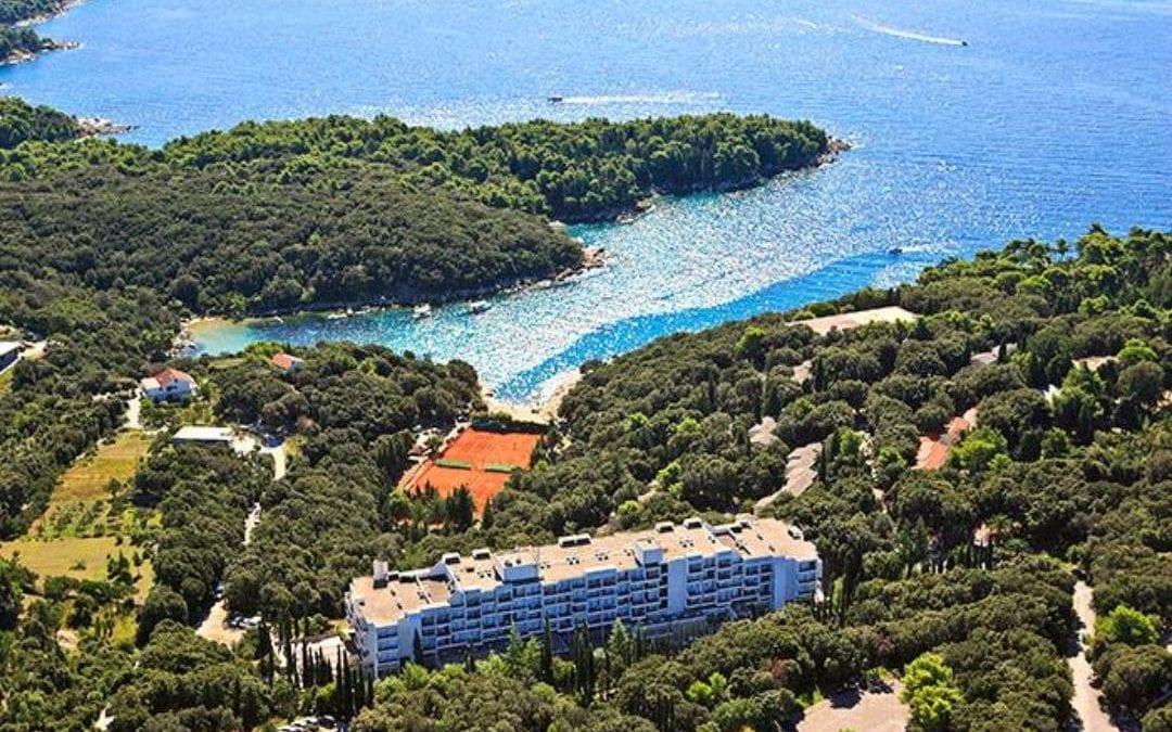 Ljeto u Hrvatskoj: otok Rab – Eva Sunny Hotel & Residence by Valamar 2*