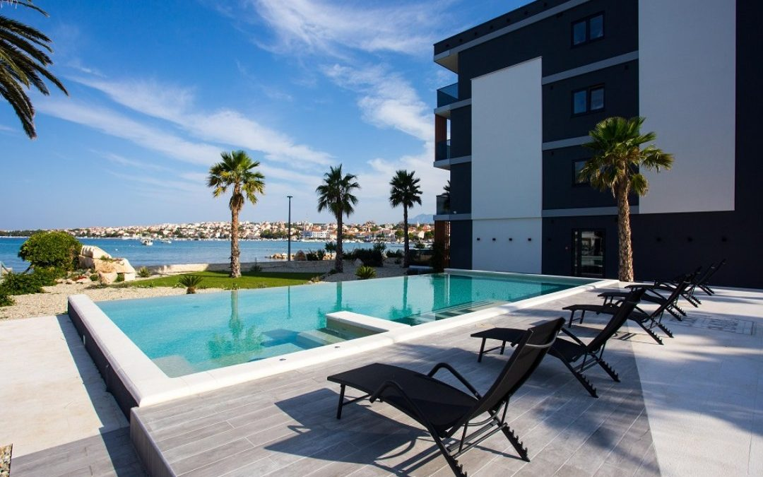 Ljeto u Hrvatskoj: otok Pag, Novalja – Liberty Plaza hotel 4*