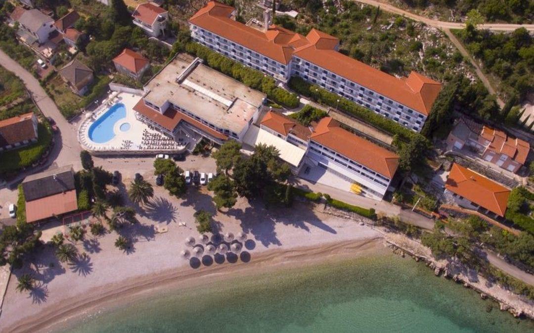 Ljeto u Hrvatskoj: Pelješac, Trpanj – hotel Faraon 3*