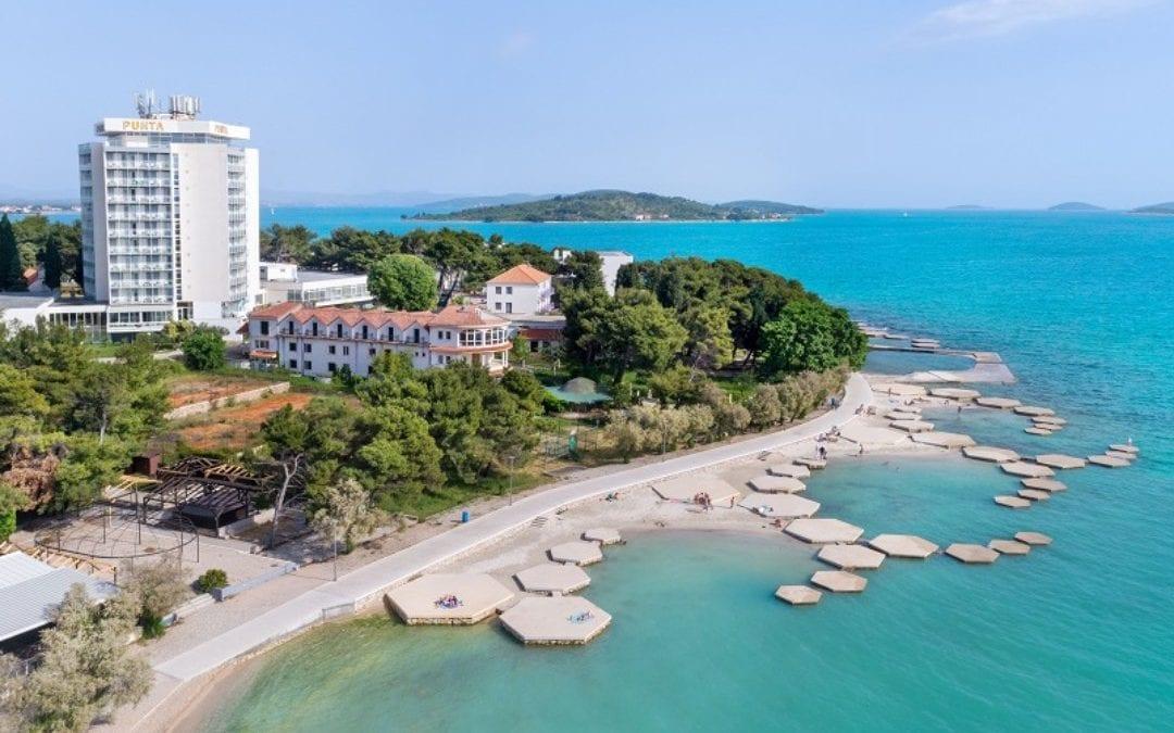 Ljeto u Hrvatskoj: Vodice – hotel Punta 4*