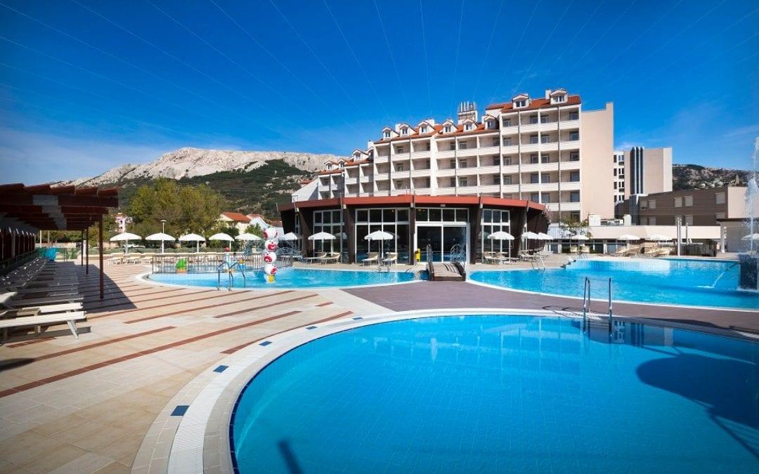 Ljeto u Hrvatskoj: otok Krk, Baška – Corinthia Baška Sunny hotel by Valamar 3*